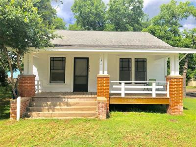 Fayette County Single Family Home For Sale: 727 S Jefferson Street