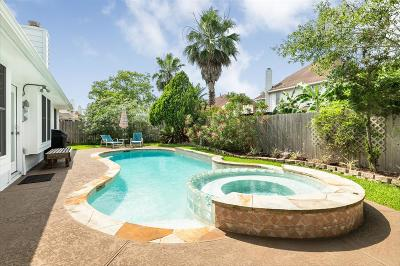 Friendswood Single Family Home For Sale: 2838 Rolling Fog Drive