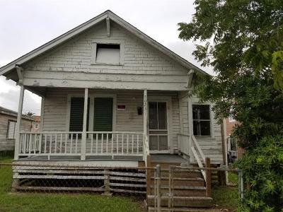 Galveston Single Family Home For Sale: 5023 Avenue L