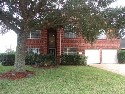 Pearland Single Family Home For Sale: 1003 E Hampton Drive
