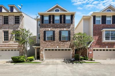 Houston Single Family Home For Sale: 2606 Enclave At Shady Acres Court