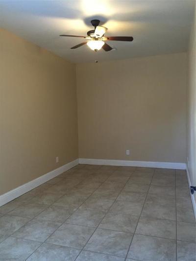 Houston Single Family Home For Sale: 408 Eichwurzel Lane