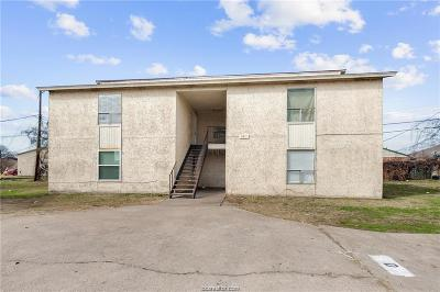 Madison County, Brazos County Multi Family Home For Sale: 2811 Cypress Bend Circle