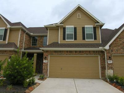 Spring Condo/Townhouse For Sale: 8414 Willow Loch Drive