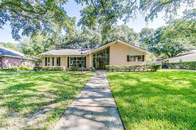 Nassau Bay Single Family Home For Sale: 1435 Saxony Lane