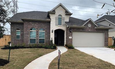 Riverstone Single Family Home For Sale: 5711 Caper Shores