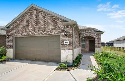 Richmond Single Family Home For Sale: 3307 Golden Eagle Way
