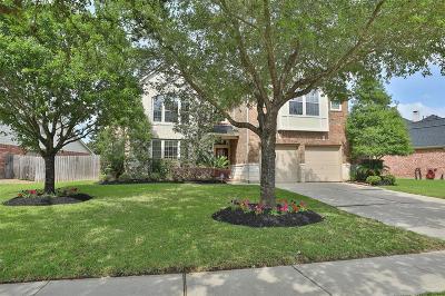 Richmond Single Family Home For Sale: 323 Silver Creek Circle