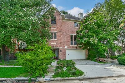 Houston Single Family Home For Sale: 1400 Castle Court
