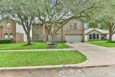 Richmond Single Family Home For Sale: 1206 Colonial Heights Drive