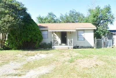 Texas City TX Single Family Home For Sale: $57,000
