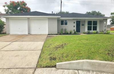 Houston Single Family Home For Sale: 3702 Heatherbrook Drive