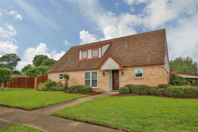 Galveston County, Harris County Single Family Home For Sale: 4922 Poinciana Drive