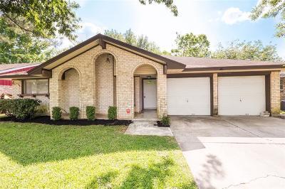 Sugar Land Single Family Home For Sale: 1819 Greenbriar Drive