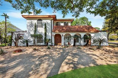 Houston Single Family Home For Sale: 13102 Lookout Mountain Court