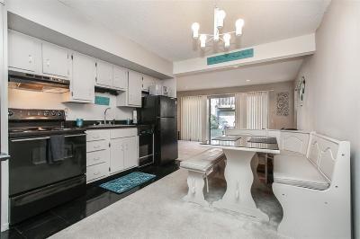 Condo/Townhouse For Sale: 12900 Walden Road #505E