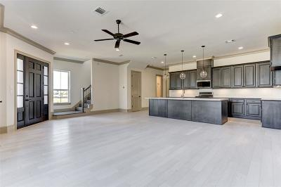 Sugar Land TX Condo/Townhouse For Sale: $471,291