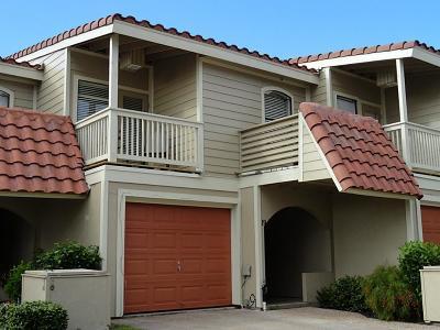 Galveston Condo/Townhouse For Sale: 19 Dana Drive #D
