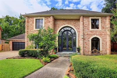 Hilshire Village Single Family Home For Sale: 19 Hickory Shadows Drive