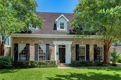 Bellaire Single Family Home For Sale: 103 Bellaire Court