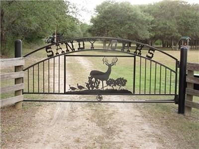 Colorado County Farm & Ranch For Sale: 2624 Sandy Creek Road