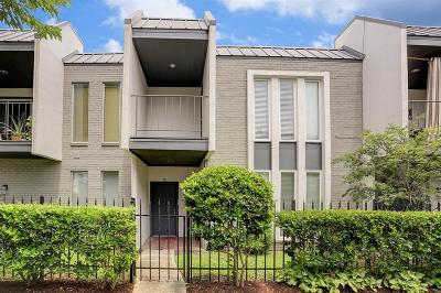 Harris County Condo/Townhouse For Sale: 1300 Augusta Drive #15