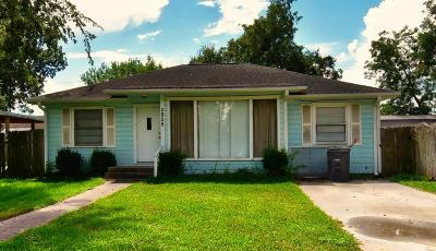 Bay City TX Single Family Home For Sale: $99,500