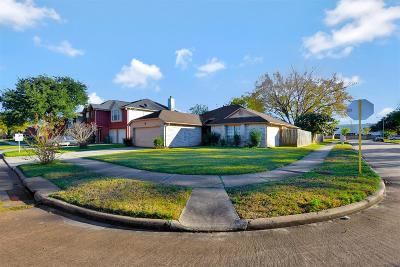 Single Family Home For Sale: 5631 Woodland Glade Drive