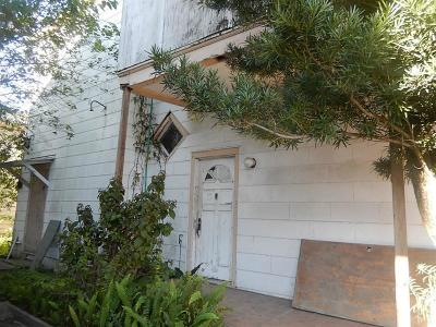 Galveston TX Single Family Home For Sale: $129,000