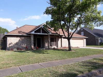 Sugar Land Single Family Home For Sale: 2422 Manorwood Street