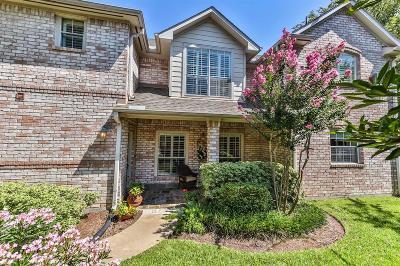 Houston Condo/Townhouse For Sale: 1135 Enclave Square W