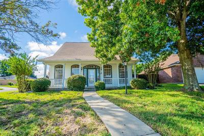 Willis Single Family Home For Sale: 5202 Sunshine Point