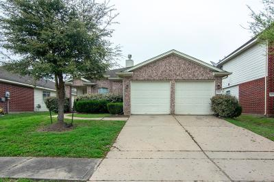 Fresno TX Single Family Home For Sale: $174,900