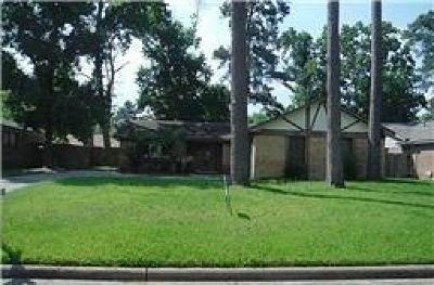 Humble TX Single Family Home For Sale: $153,000