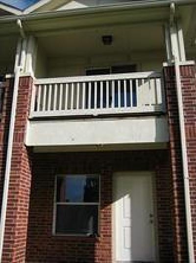 Missouri City Condo/Townhouse For Sale: 1624 Lake Drive