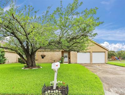 League City Single Family Home For Sale: 2912 Sand Reef Court