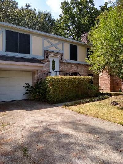 Spring Single Family Home For Sale: 23041 Apple Arbor Drive