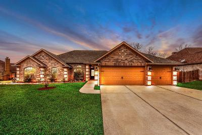 Montgomery Single Family Home For Sale: 11725 E Grand Pond Court