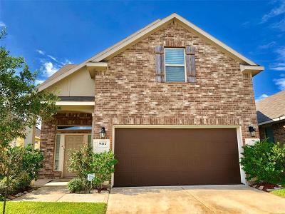 Houston Single Family Home For Sale: 9412 Savannah Holly Drive