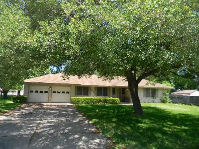 Pasadena Single Family Home For Sale: 4711 Oak Avenue