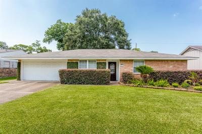 Houston Single Family Home For Sale: 2402 Ansbury Drive