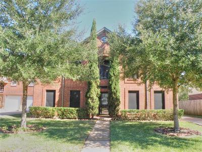 League City Single Family Home For Sale: 2006 Monticello Court