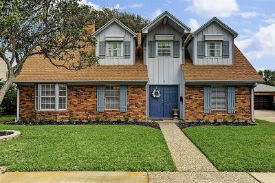 Galveston Single Family Home For Sale: 8 E Dansby Drive