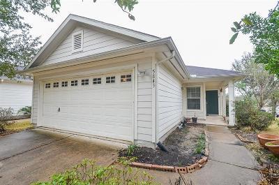 Missouri City Single Family Home For Sale: 5843 Silver Oak