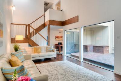 Houston Condo/Townhouse For Sale: 11623 Village Place Drive #186