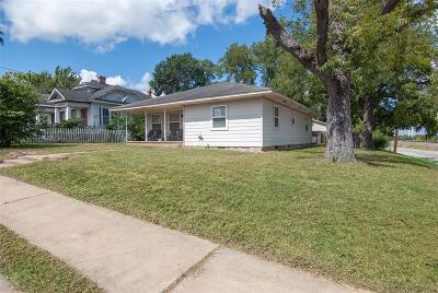 Washington County Single Family Home For Sale: 300 W Vulcan Street