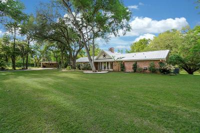 Fort Bend County Country Home/Acreage For Sale: 38310 Buckskin Road