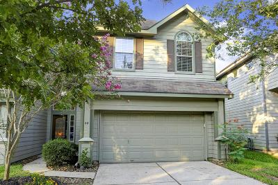 The Woodlands Condo/Townhouse For Sale: 22 E Burberry
