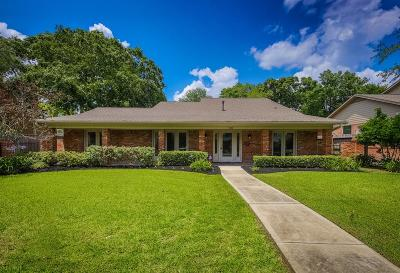 Houston Single Family Home For Sale: 4926 Valkeith Drive