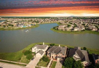 Rosenberg Single Family Home For Sale: 815 Aqua Vista Lane